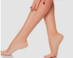 Saiba como ter as pernas sempre bronzeadas