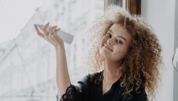 Como hidratar o cabelo? Veja 6 hidratações caseiras eficazes e acessíveis