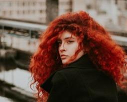 As cores de cabelo mais incríveis para quem tem a pele clara