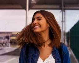 Corte de cabelo médio: 40 looks que esbanjam estilo e personalidade