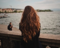 Cortes de cabelo longo: veja opções para dar movimentos aos fios