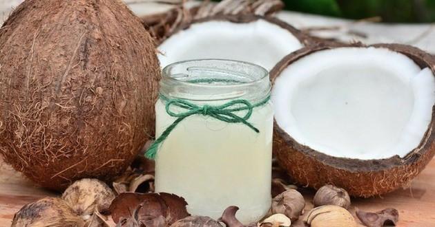 óleo de coco para bronzear