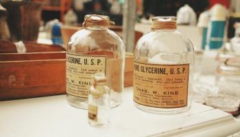 Glicerina: veja os benefícios para o cabelo e como aplicar em casa
