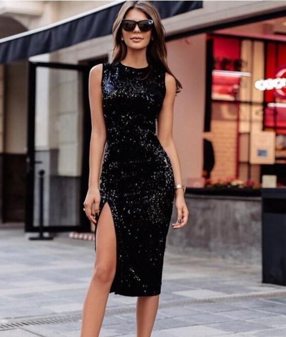 Vestido preto: 30 modelos modernos e estilosos para você se inspirar!