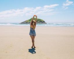 Legendas para foto na praia: confira as melhores frases praianas