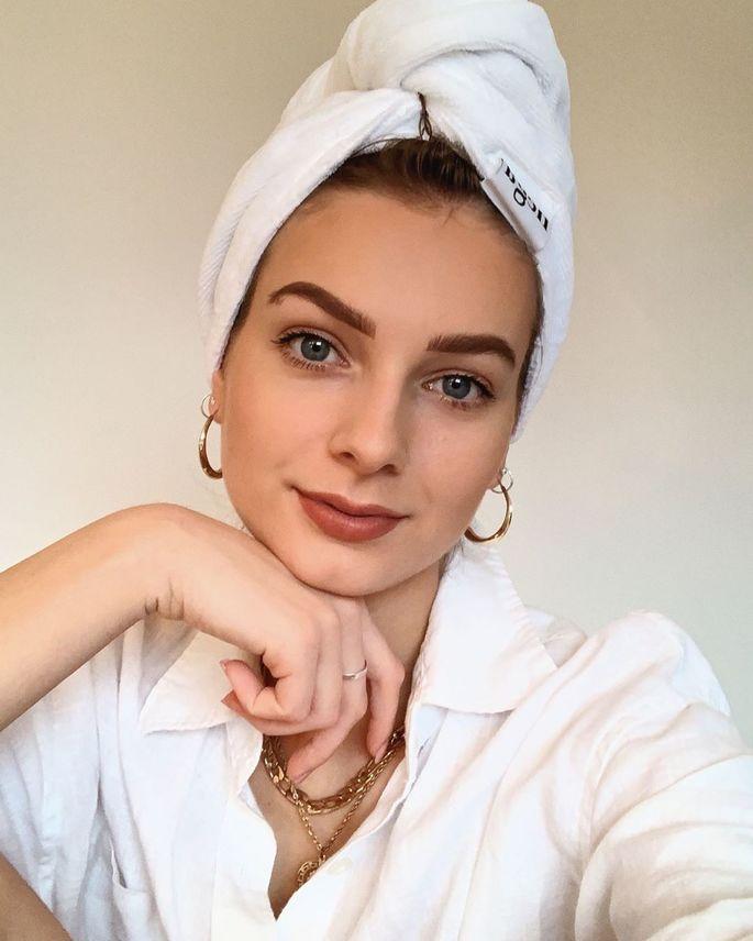 Maisena é bom pro cabelo? Confira os benefícios e dicas de como fazer em casa!