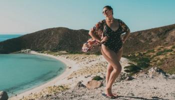 Biquínis e maiôs plus size: inspirações de modelos lindos para todos os corpos!