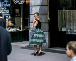 Moda anos 60: como adotar o estilo vintage no dia a dia