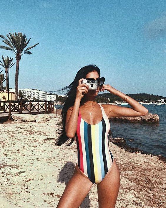 Modelos de maiô para arrasar na praia: Listrado