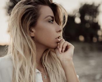 Ombré hair platinado: a tonalidade radical que está super na moda!