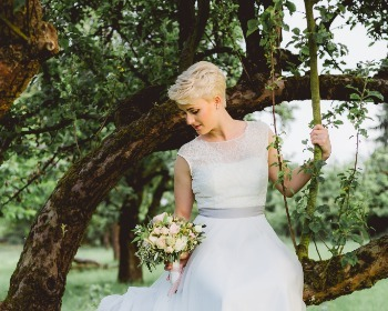 Penteados para casamento: confira 45 looks para cabelos curtos