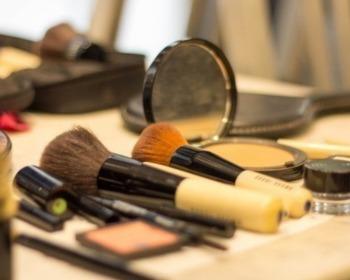 Pincel de maquiagem: descubra como montar um kit perfeito