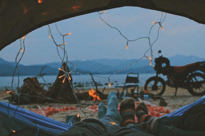 Ideia de presente: acampar no Dia dos Namorados