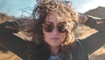 Reconstrução capilar: Tudo sobre o tratamento que salva os cabelos