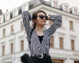 Roupa social feminina: veja as peças que não podem faltar no seu guarda-roupa