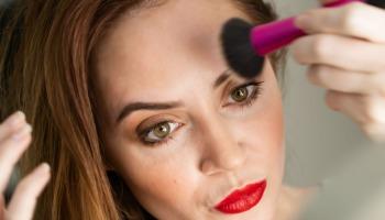 6 passos para fazer a sobrancelha em casa com perfeição
