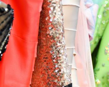 Tecidos para vestidos de festa: Confira looks para você se inspirar
