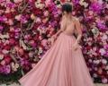Inspire-se com lindos vestido de madrinha rosé