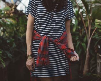 Vestido listrado: veja 48 modelos para você adotar já esse visual