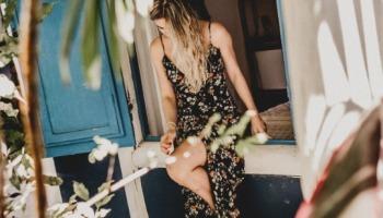 32 modelos de vestido midi para você ficar feminina e confortável